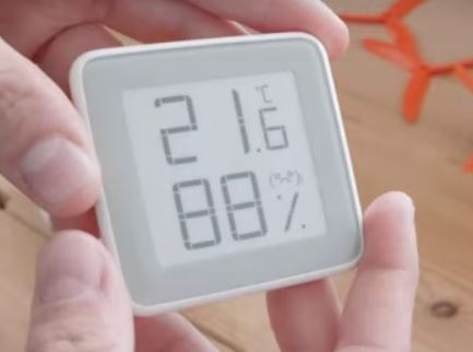 Xiaomi Mijia E-ink Screen Temperature Humidity Sensor First Look